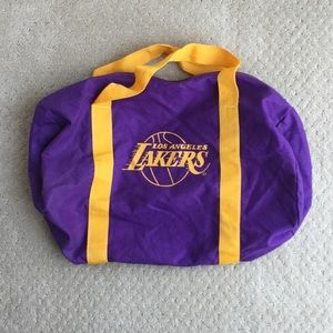 Like new Lakers duffle bag